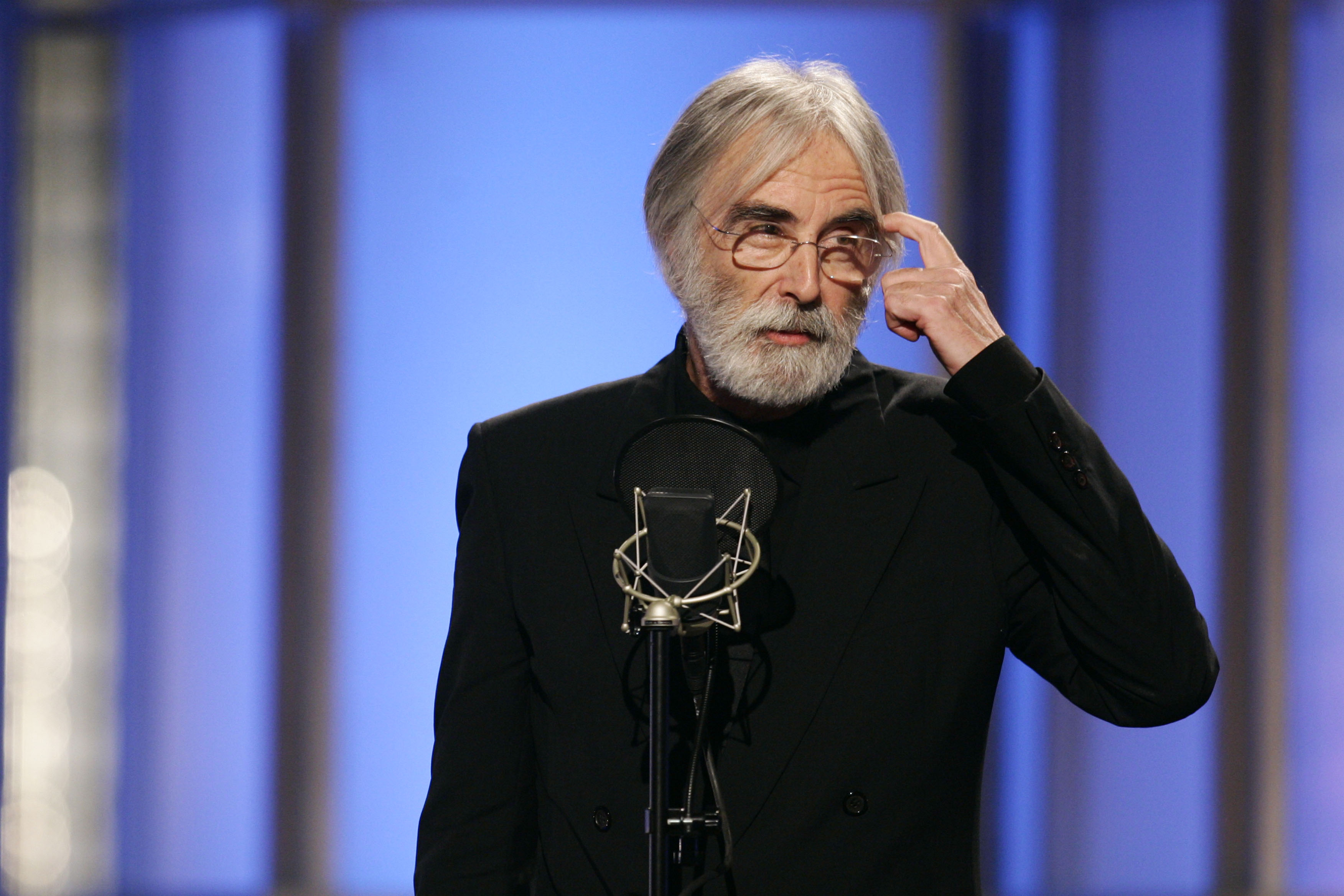 violence and media haneke essay Michael haneke violence and media essay 30 violence and the media: a companion to michael haneke extract.