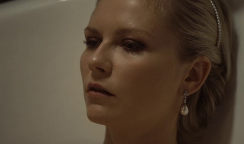 Kirsten dunst melancholia 2011 - 2 5