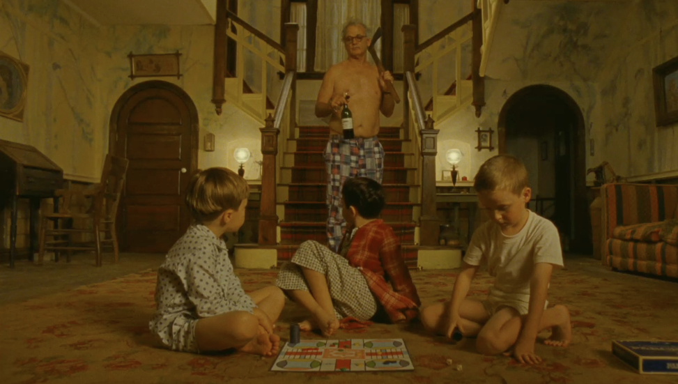 http://thefilmstage.com/wp-content/uploads/2012/01/moonrise_kingdom_1.png