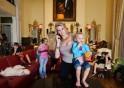 Jackie and her children, Orlando, Florida©Lauren Greenfield 2011/INSTITUTE