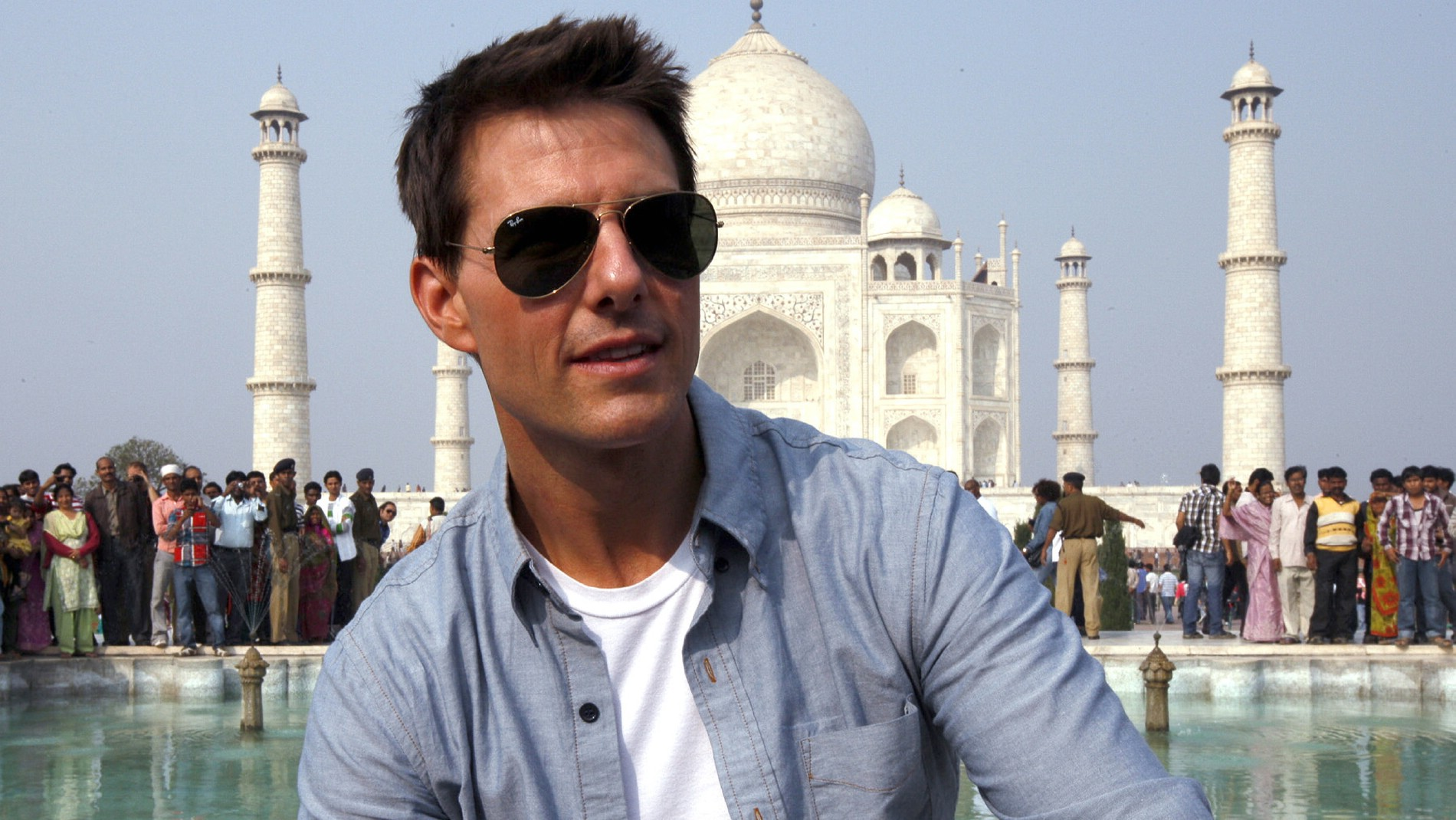 Tom Cruise Likely To Make Top Gun 2 Before Mission Impossible V