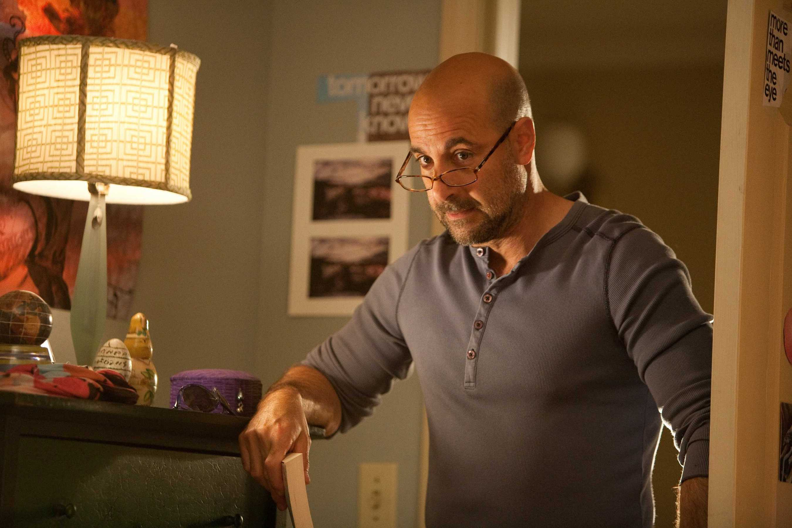 stanley tucci loses sight of ed lucas gillian anderson