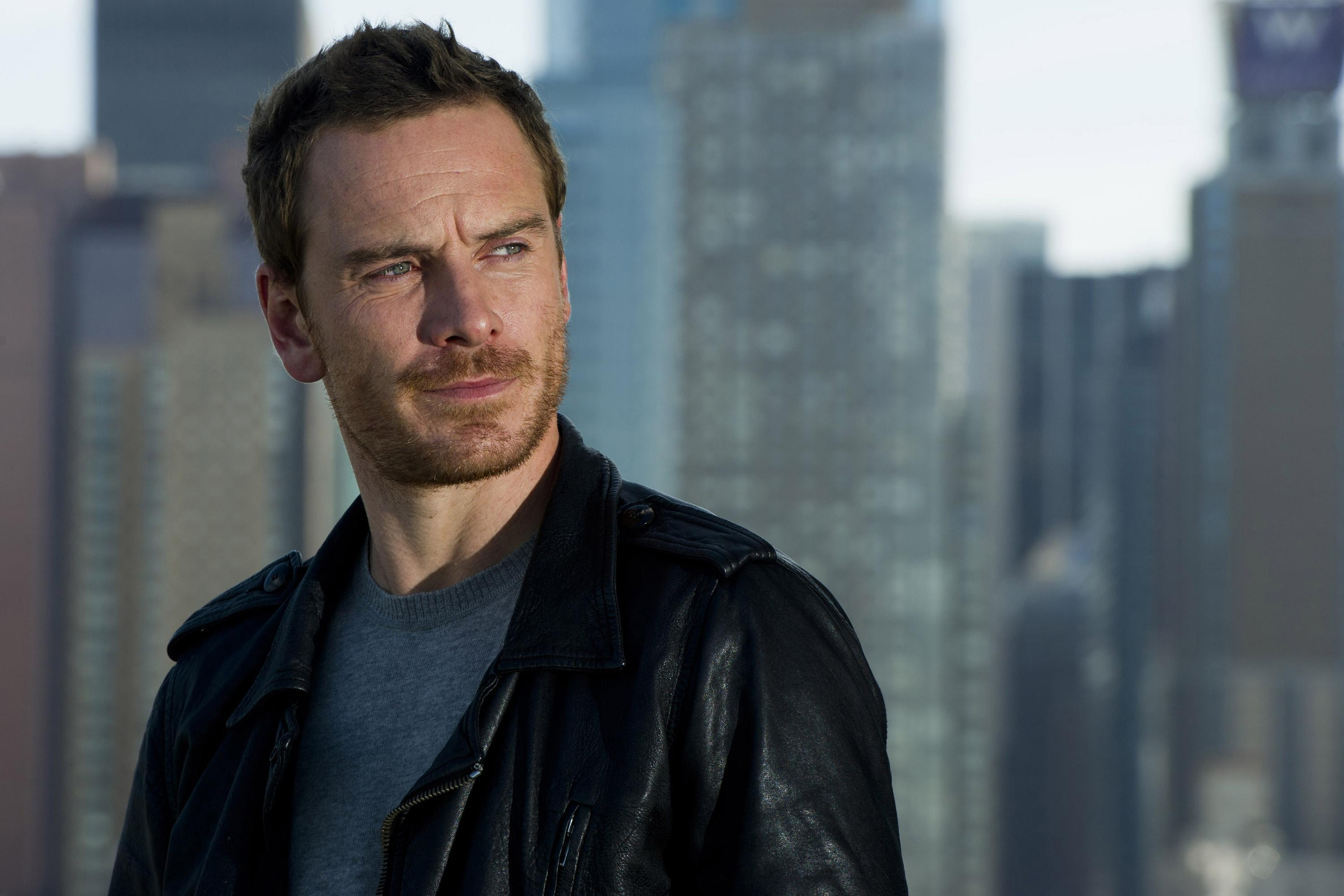Michael fassbender bringing assassin s creed to screen as star