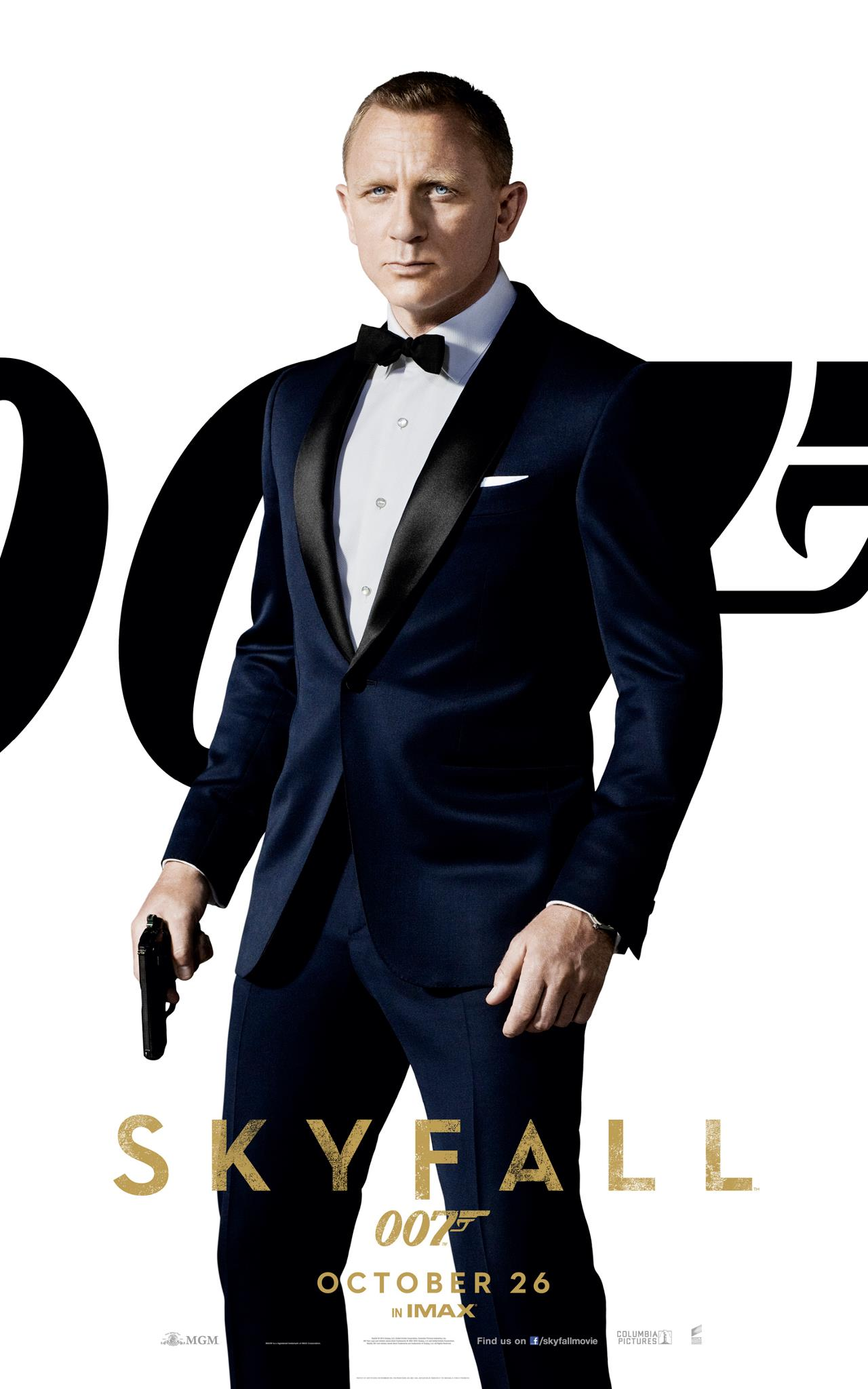 new banner posters for bond 39 s 39 skyfall 39 feature four characters. Black Bedroom Furniture Sets. Home Design Ideas