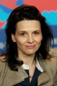 Juliette+Binoche+Elles+Press+Conference+62nd+TwbsWm8aoE_l