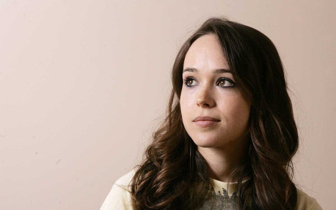 Ellen Page Will Lead Spy Tale 'Queen & Country'; Bruce