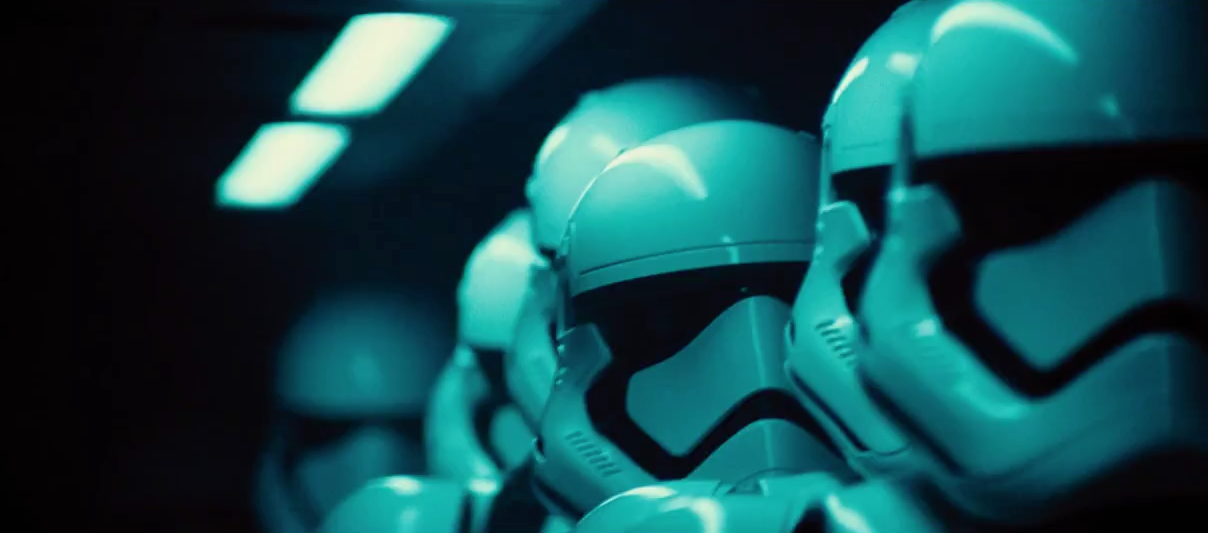 First 'Star Wars: Ep. 7' Trailer