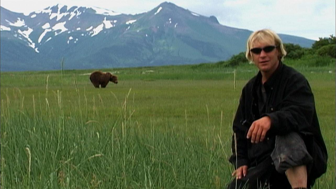 grizzly man analysis essay 1 john castle grizzly man essay emre koyuncu 4/2912 a man's new best friend once a stranger to alaska's wilderness, timothy treadwell had a dream of living with.