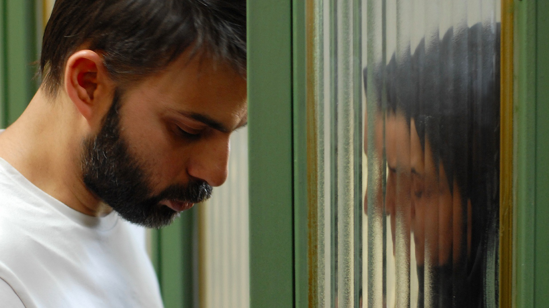 The Importance of Color, Framing, and Historical Context In Asghar Farhadi's 'A Separation'