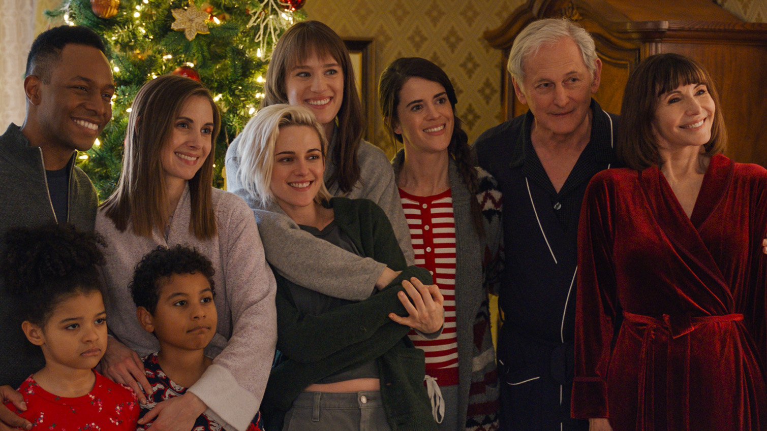 Kristen Stewart's Gay Holiday Rom-Com Is All Twitter Wants for Christmas